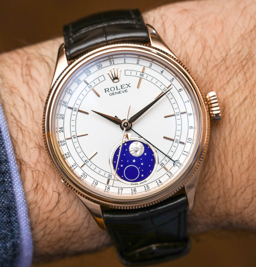 The special fake watch has moon phase.