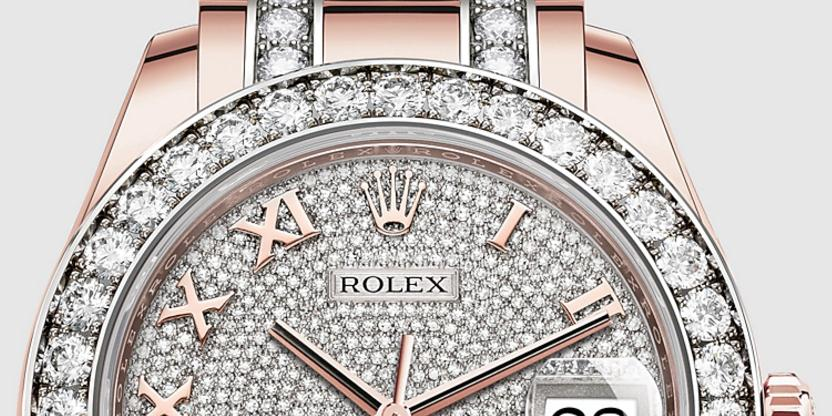 The pink copy Rolex Pearlmaster 39 86285 watches are made from everose gold.