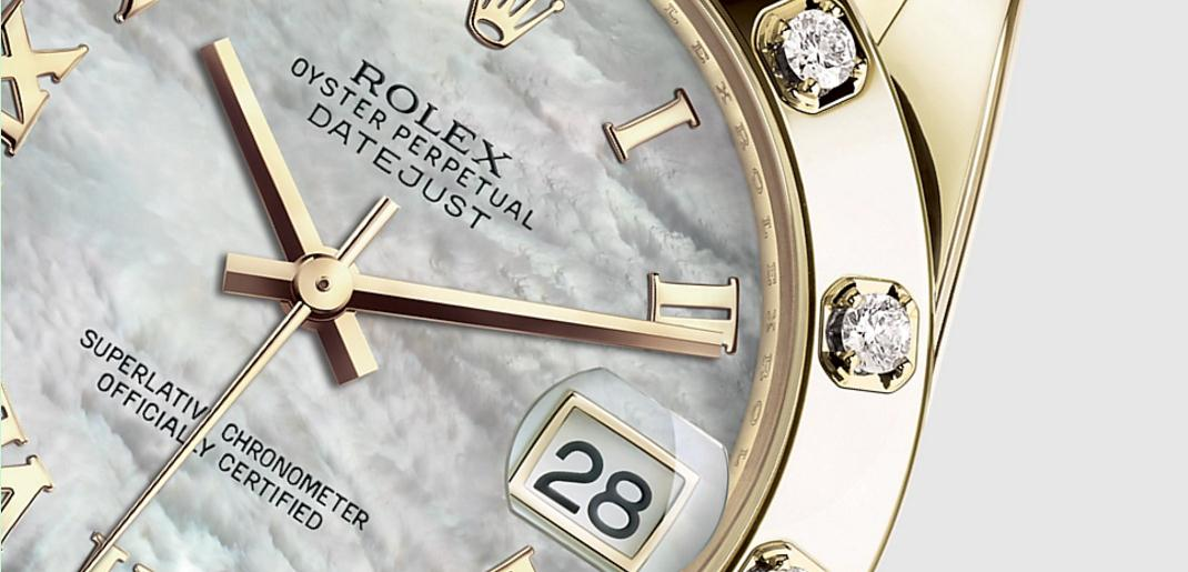 The luxury copy Rolex Pearlmaster 34 81318 watches are made from yellow gold and decorated with diamonds.