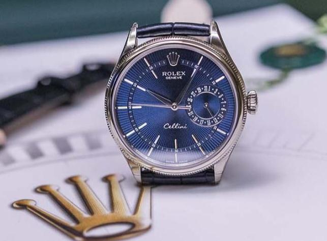 The luxury replica Rolex Cellini Date 50519 watches are made from 18ct white gold.