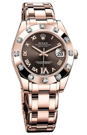 Hot-selling reproduction watches are trendy in Everose gold.